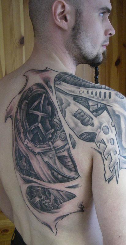 tatouage biomécanique tattoo - tatouage biomécanique sur