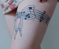jarretière tatouage