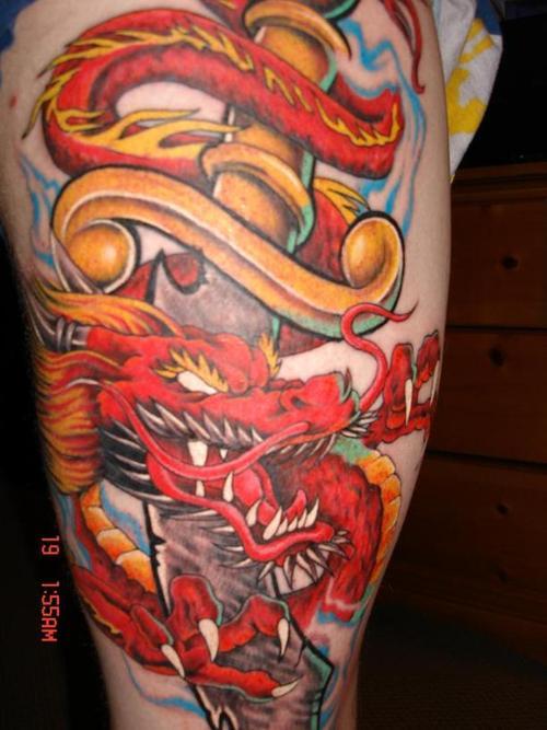 tatouage le dragon rouge - tatouage dragon sur modele2tatouage