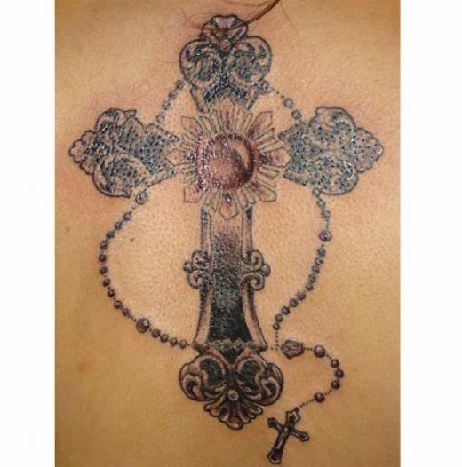 Le Tatouage De Croix Rosaire Pour Femme Tatouage Croix Sur