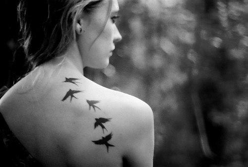 Tatouage Les Ailes De La Liberte Tatouage Hirondelle Sur
