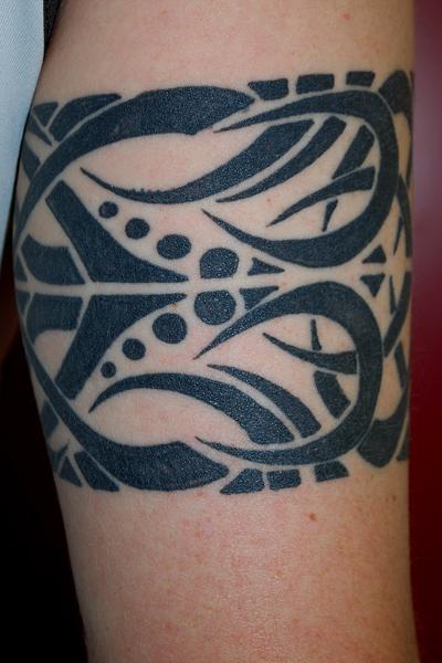 tatouage bracelet tribal tatouage bracelet sur. Black Bedroom Furniture Sets. Home Design Ideas