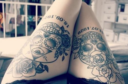 tatouage crane mexicain cuisse tatouage crane mexicain sur. Black Bedroom Furniture Sets. Home Design Ideas
