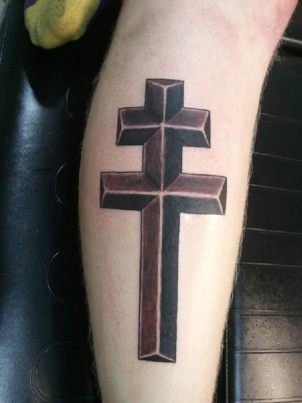tatouage croix de lorraine tatouage croix sur. Black Bedroom Furniture Sets. Home Design Ideas