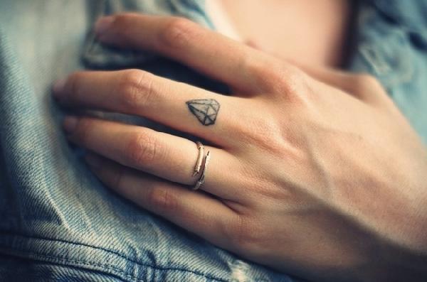 tatouage diamant