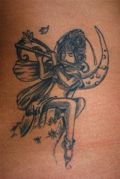 tatouage elfe fee tatouage elfique sur. Black Bedroom Furniture Sets. Home Design Ideas