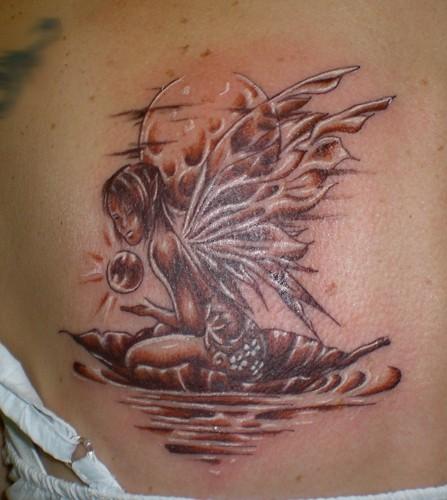 tatouage elfe lune