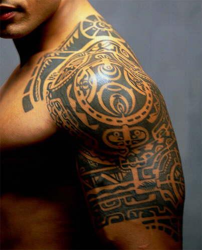 Tatouage inspiration indonésienne