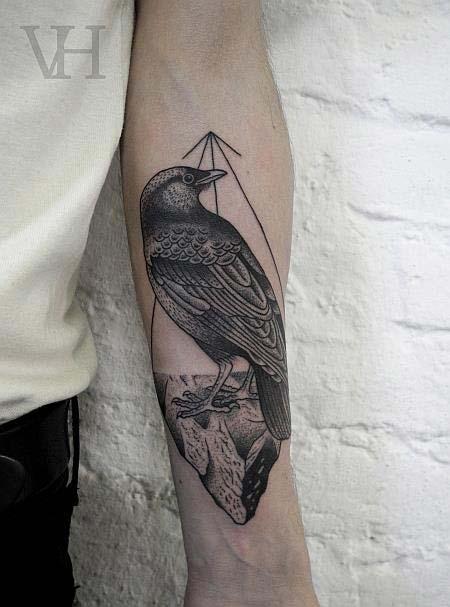 tatouage oiseau avant bras tatouage oiseau sur. Black Bedroom Furniture Sets. Home Design Ideas