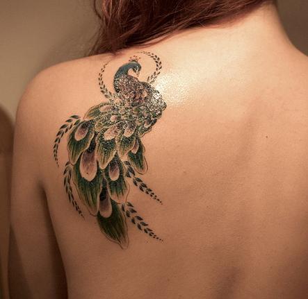 tatouage paon