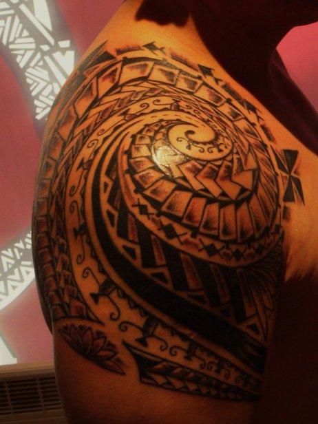 Tatouage Spirale Tatouage Maori Sur Modele2tatouage Com